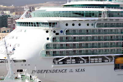 Independence of the Seas im Hafen von Las Palmas - Gran Canaria